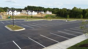 parking lot sealing -- Xsealer Asphlat Maintenance